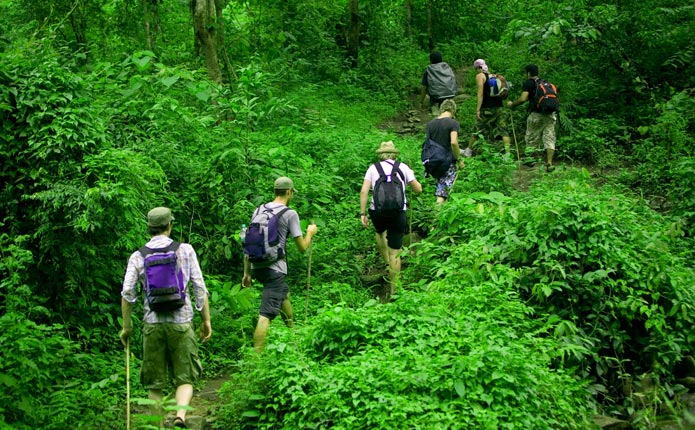 Trekking In Less Tourist Area Mae Taeng Chiang Mai